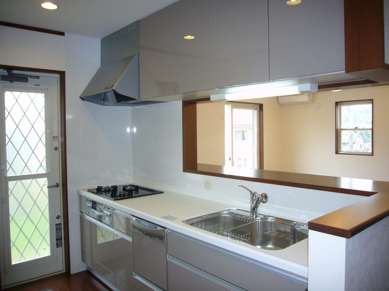 収納スペースもたっぷり、念願のカウンターキッチン