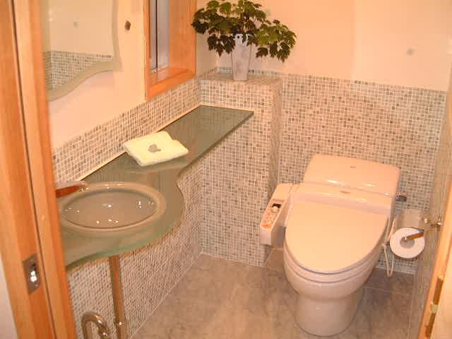 スペース拡張で快適なトイレに