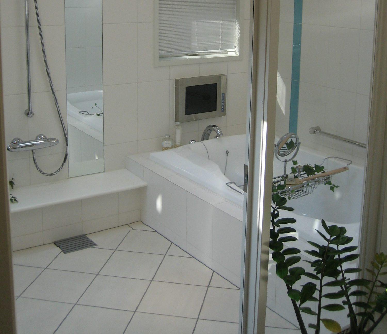 全面リフォームでゆったり余裕のある浴室に