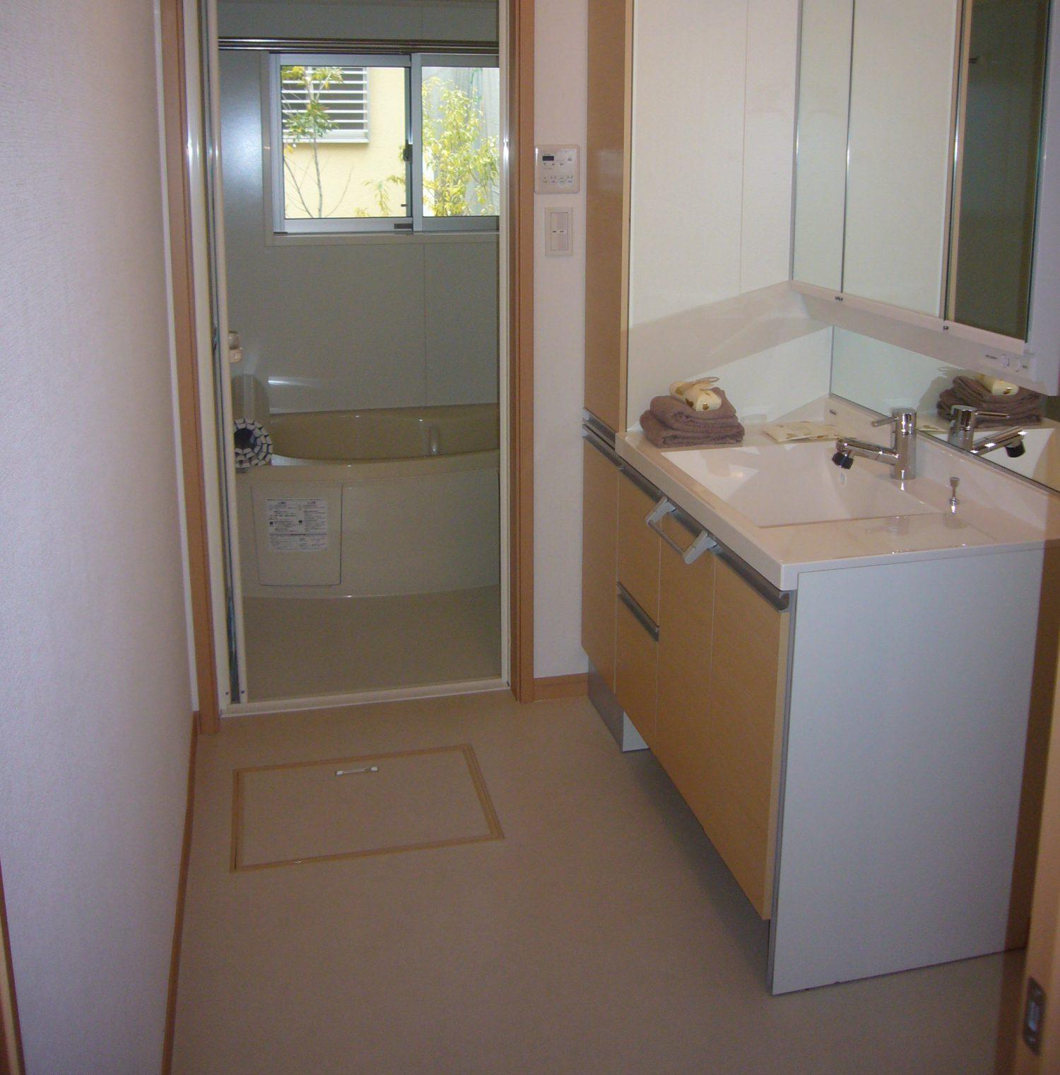 浴室入り口の床の修復